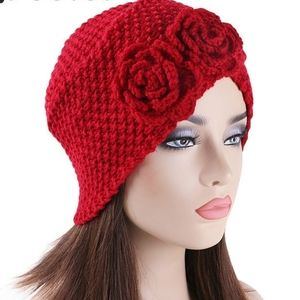 Red  rose hat winter